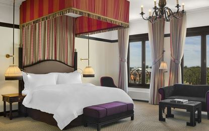 415x260-hotel-desindes-junior-suite